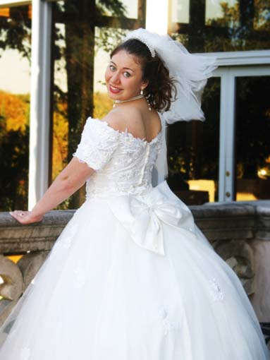 Bridal portrait dress looking over shoulder San Antonio