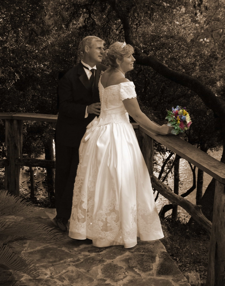 Gruene Wedding Photo in Sepia
