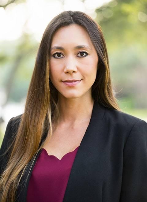 Branding Headshots Outdoor of Woman in the San Antonio Area