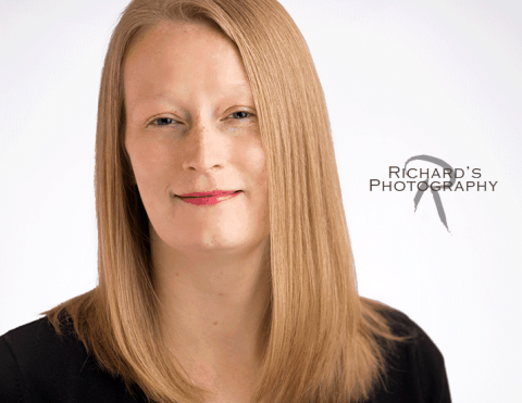 Best Headshot White Background Business Woman San Antonio