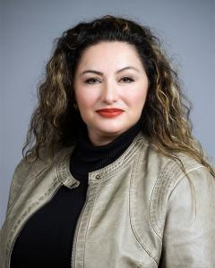 real estate agent san antonio woman long brown hair