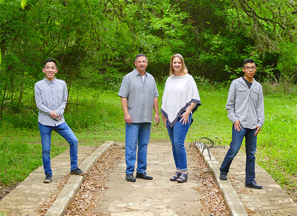 family pictures by richard's photography san antonio