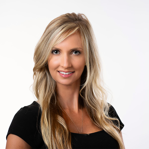 women's headshot san antonio blonde hair