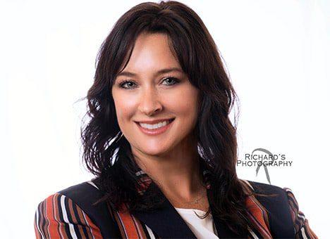 business-woman-headshot-photography-white-background