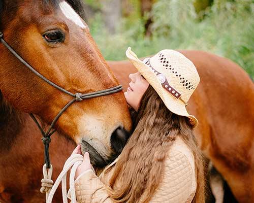 casual senior portrait of girl with horse san antonio
