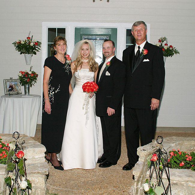 wedding party with bride and groom san antonio