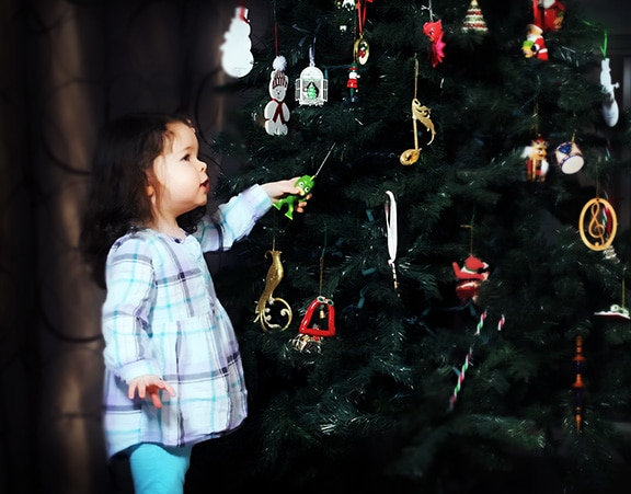 girl Christmas tree portrait