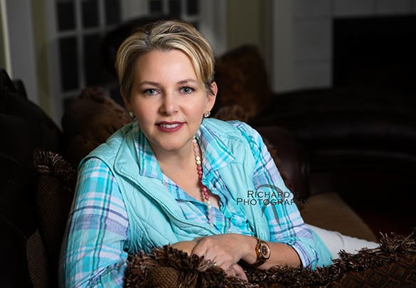 woman's-formal-portrait-business-san-antonio