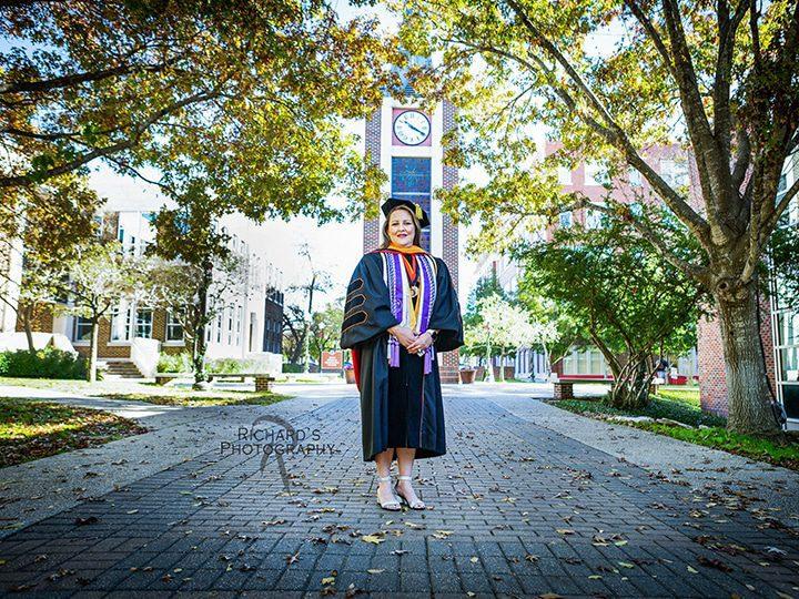 UIW Incarnate Word Graduation Portrait Nursing School