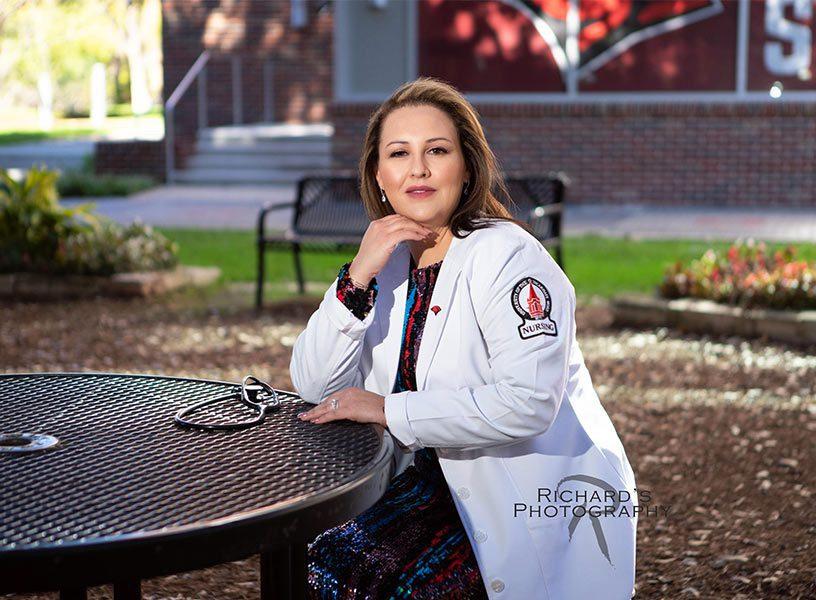 UIW-incarnate-word-university-nursing-graduation-portrait-san-antonio