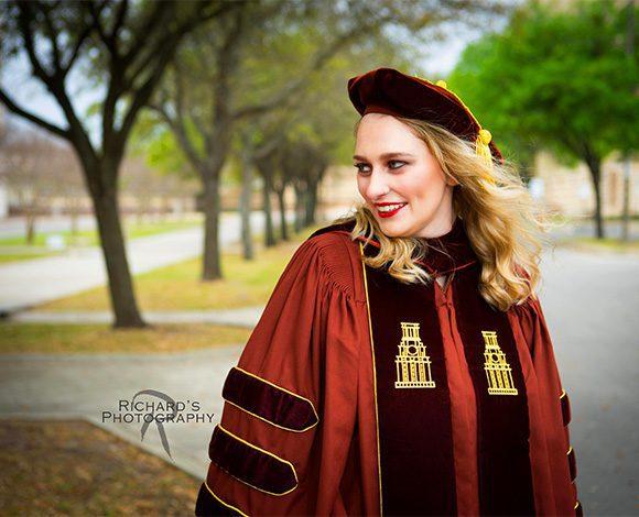 graduation pictures san antonio college medical campus