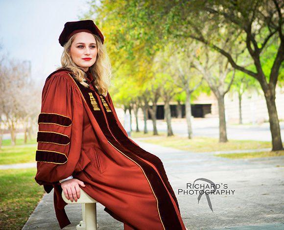 graduation pictures girl medical student UT campus san antonio