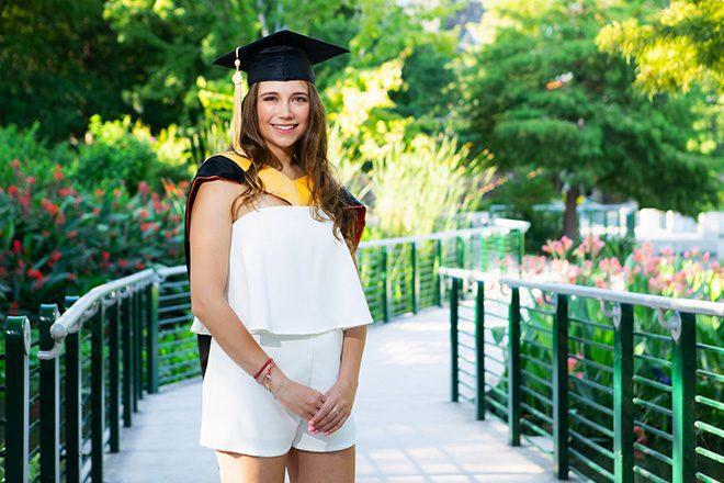 graduation pictures of girl college san antonio