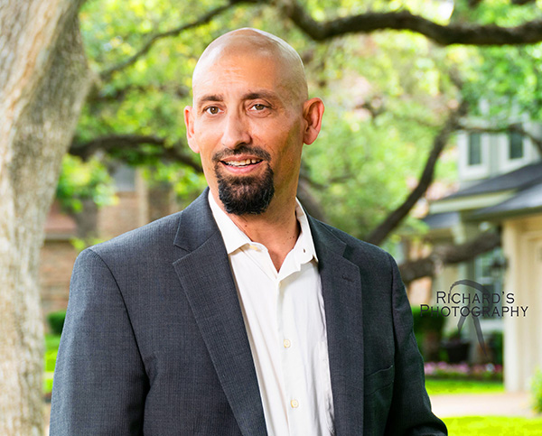 business portrait outdoors man in suit san antonio texas