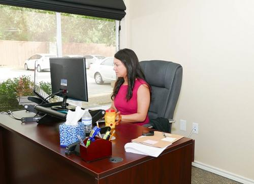 Desk-Office-Corporate-Photograph-146