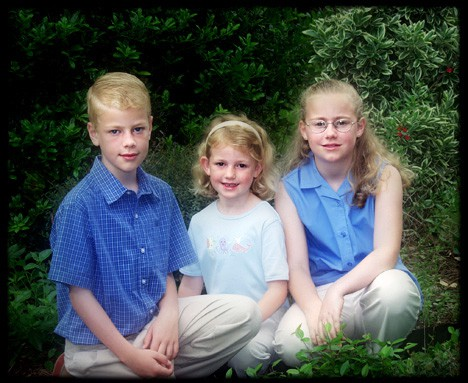 kids portraits on location
