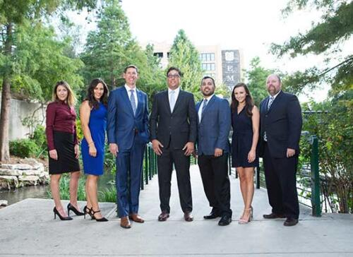 business-portraits-at-the-pearl-san-antonio