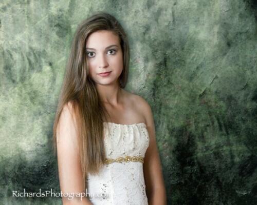studio portrait senior pictures