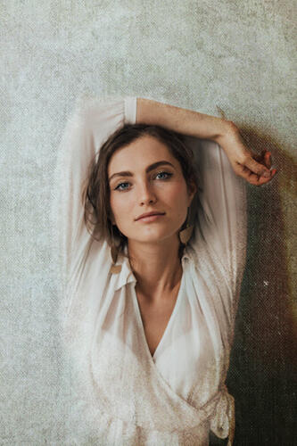 beauty portrait woman white robe san antonio