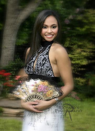 formal senior portrait girl with fan san antonio