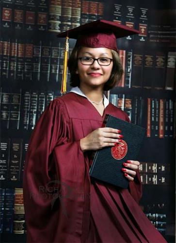 graduation portrait cap and gown san antonio