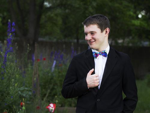 outdoor boy senior photography suit tuxedo
