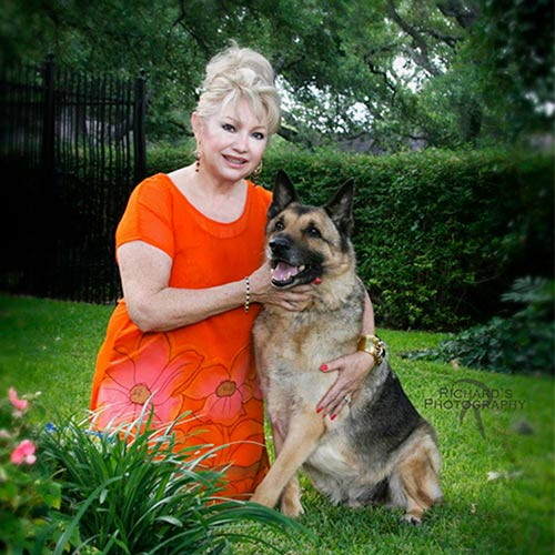 woman-with-dog-pet-portrait-san-antonio