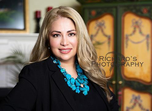 woman real estate agent san antonio headshot