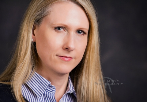 woman headshot by professional photographer in San Antonio